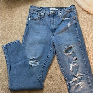 Levi ripped jeans